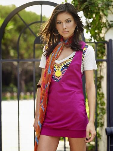 Relaciones Arielle ~ Jessica-stroup-90210