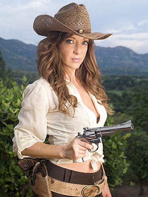 http://allserieslinamarcela.files.wordpress.com/2009/05/edith_salario_web.jpg